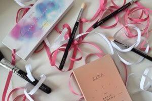 Zoeva, basic moment, sweet glamour, brushes