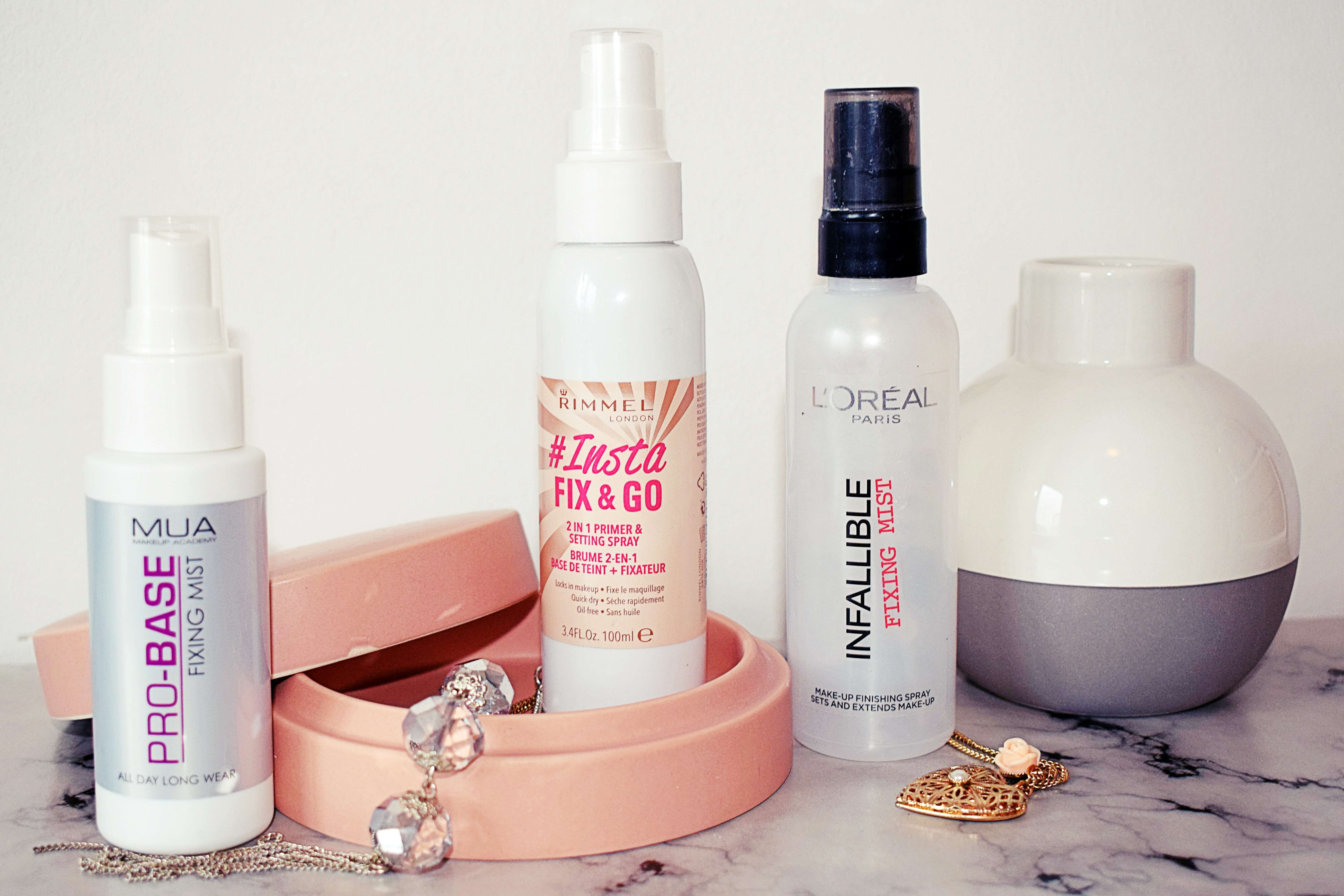Actually Anna Christmas Countdown Day 4 – Which one would I choose ? Setting Spray