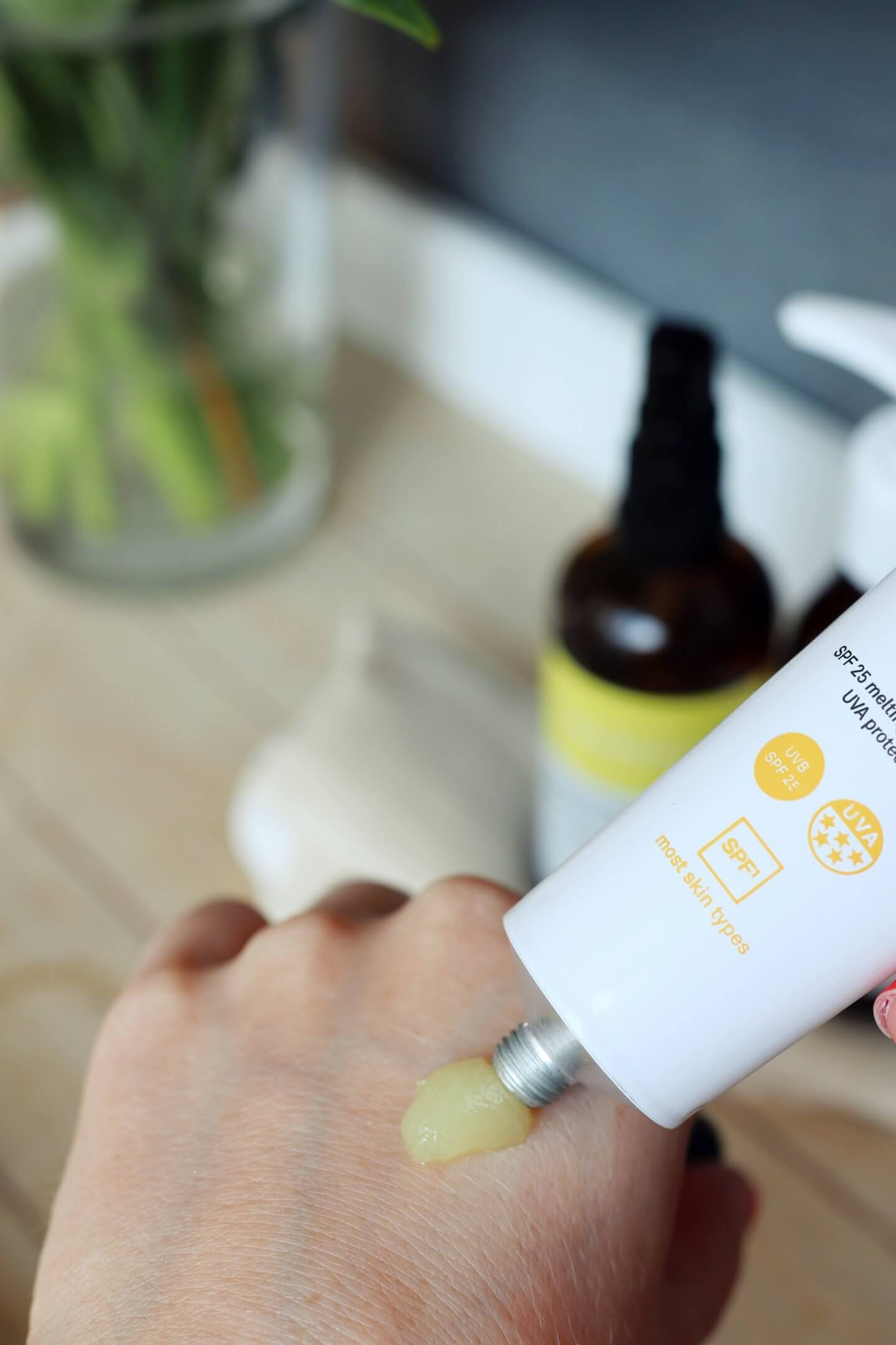 face theory skin care products including spf face cream, vitamin c cleanser and oily cleanser